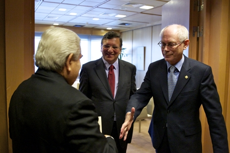 Demetris Christofias, Barroso, van Rompuy. Kuva: European Council