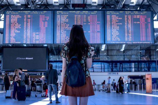 Lentomatkustajien oikeudet tulivat EU:ssa voimaan 2004. Kuvituskuva.