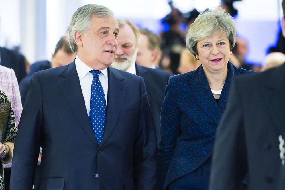 Storbritanniens premiärminister Theresa May och EU-parlamentets talman Antonio Tajani. Foto: Europaparlamentet