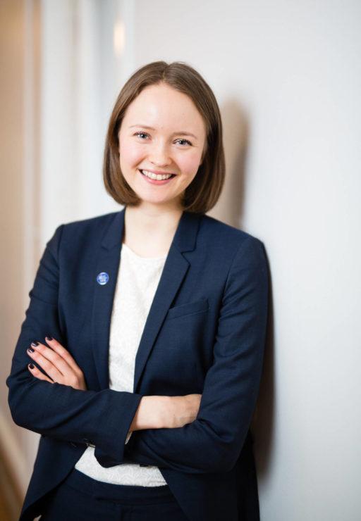 Maria Nurmi työskenteeleeSuomen lähettämänä kansallisena asiantuntijana EU:n henkilöstövalintatoimistossa.