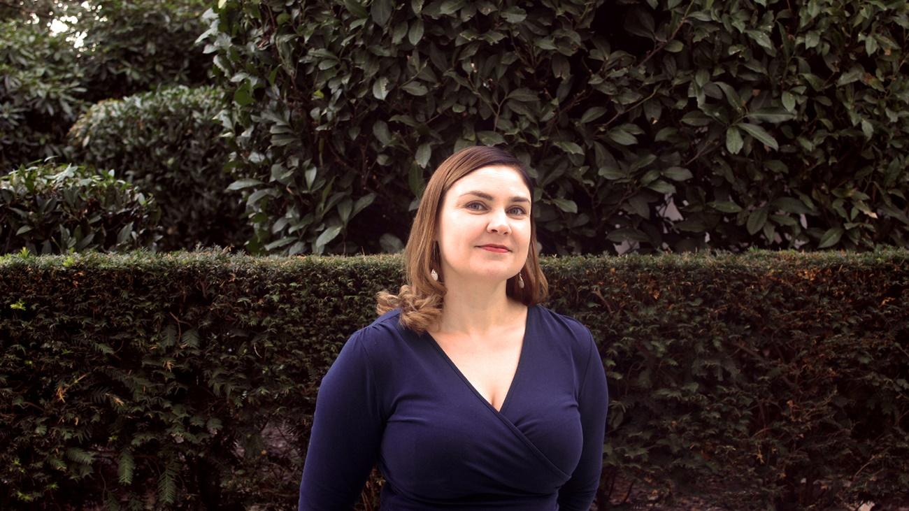 Specialist Anne Lamminmäki arbetar vid Finlands ständiga representation vid EU i Bryssel, till exempel i frågor som rör civilskydd. Han deltar nu i möten i rådets krishanteringsmekanism (IPCR) under räntekrisen. Bild: Joona Suni / EUE