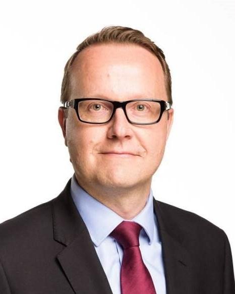 Enhetschef Antti Putkonen från utrikesministeriets konsulära avdelning.