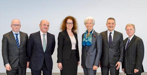 EKP:n johtokunnassa on kuusi jäsentä. Kuva: Adrian Petty / Euroopan keskuspankki